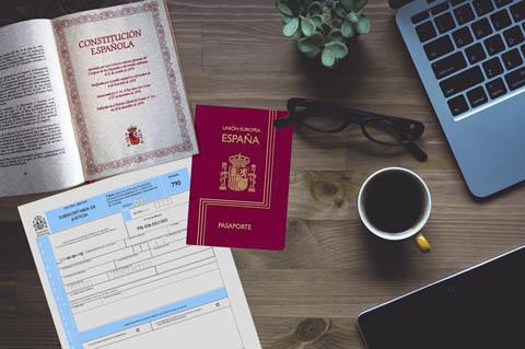 impreso y la nacionalidad española por residencia